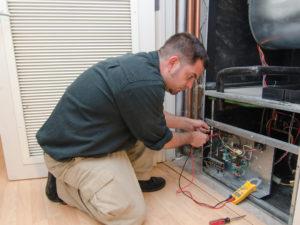 Ac Repair Man 65560678 300x225 - Heat Pump Service