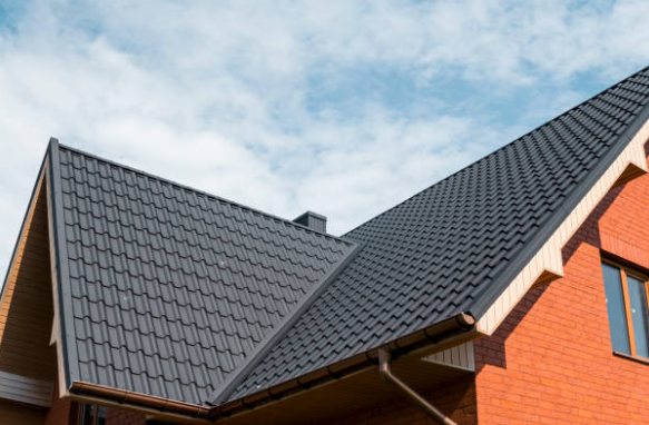 Why You Should Hire a Roofing Company in Sterling Heights IMAGE - Why You Should Hire a Professional Roofing Company in Sterling Heights